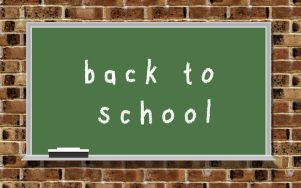 """Chalkboard with words """"back to school"""""""